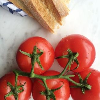 tomato flat lay
